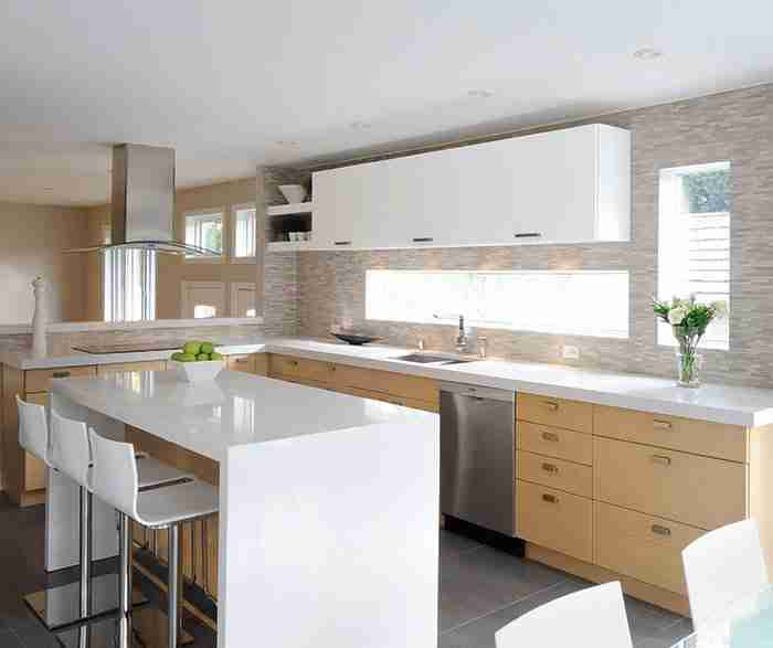 UltraCraft Cabinetry White Oak Kitchen Cabinets with Gloss White Accents