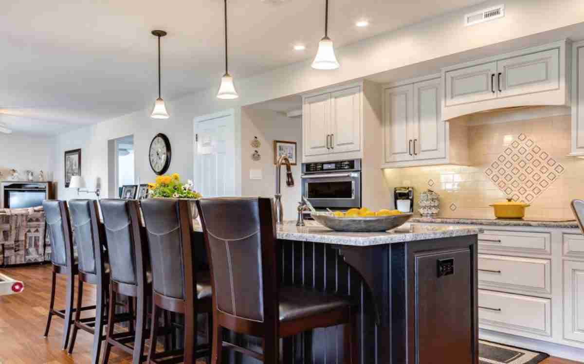 Starmark Cabinetry Brown Kitchen Cabinets